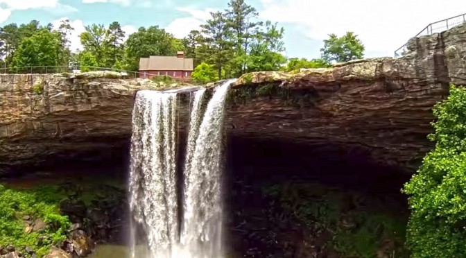 Breathtaking view of Noccalula Falls from a drone.
